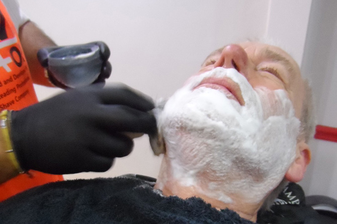 Hot Towels Shaves : Mens Barbers North Bristol